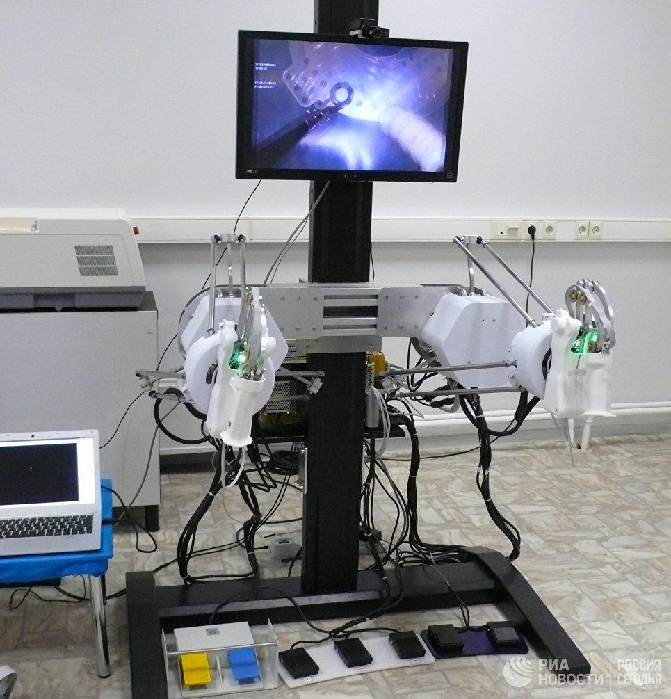 Робот-хирург передает тактильные чувства 23